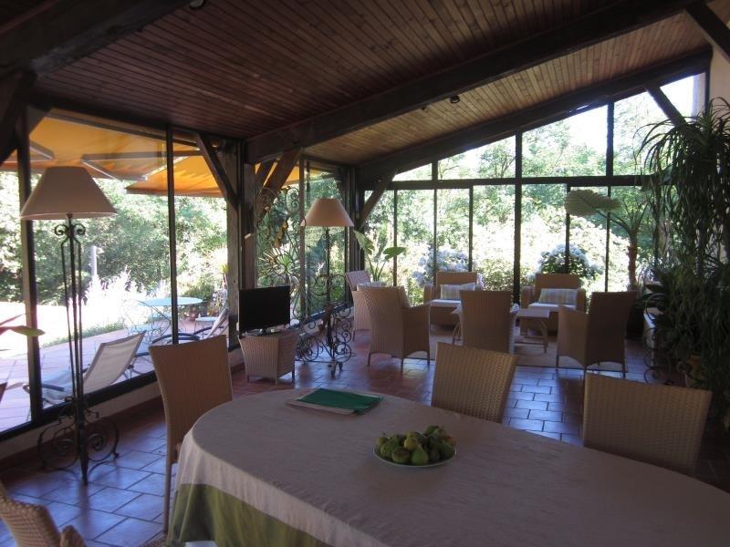 Deluxe sale house / villa L isle jourdain 579000€ - Picture 4