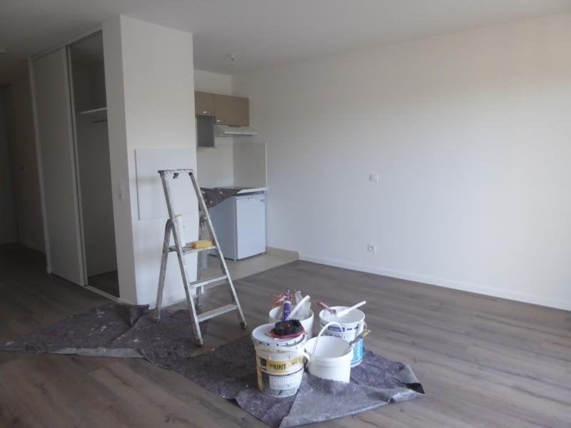 Rental apartment Mennecy 595€ CC - Picture 1