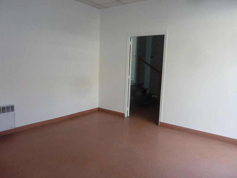 Location local commercial Lisieux 710€ CC - Photo 3