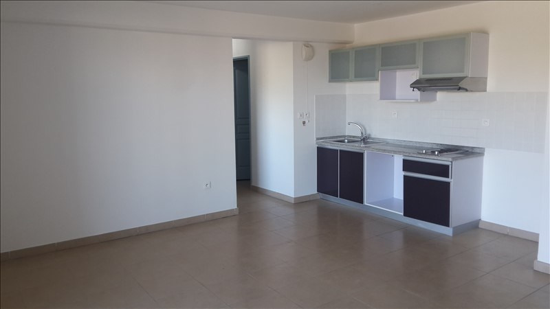 Sale apartment St denis 106 000€ - Picture 2