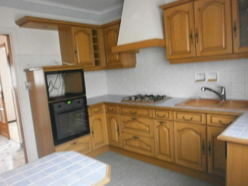 Sale house / villa Ivry la bataille 242000€ - Picture 12