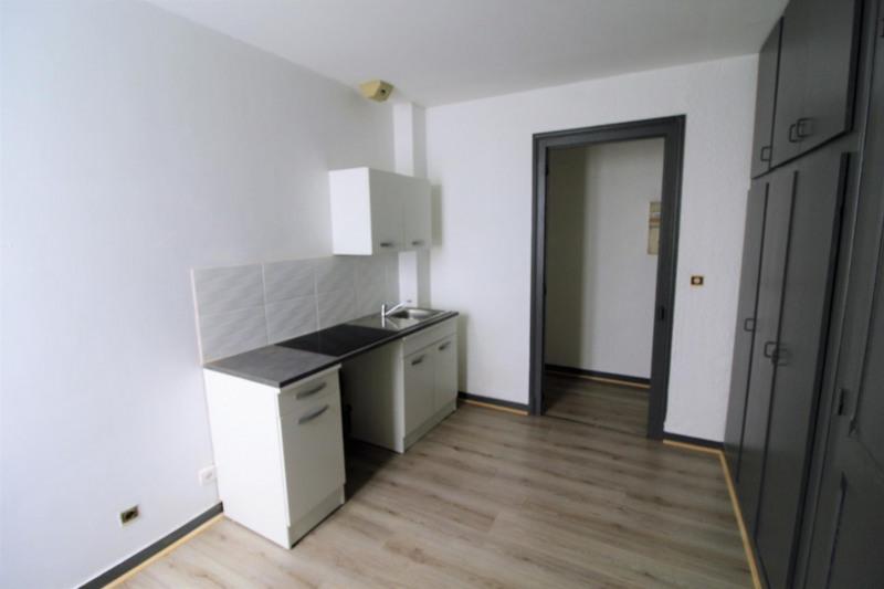 Alquiler  apartamento Voiron 280€ CC - Fotografía 3