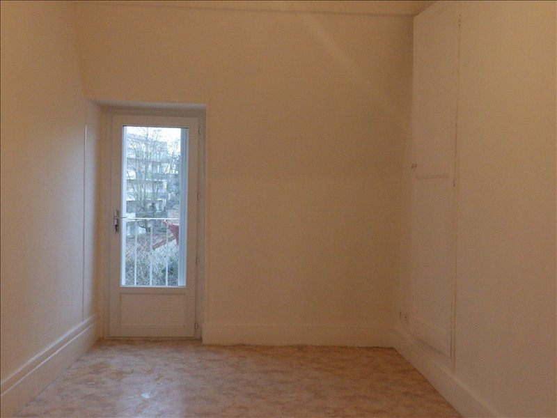 Alquiler  apartamento Moulins 400€ CC - Fotografía 3