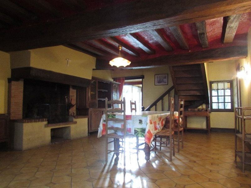 Sale house / villa Cosse le vivien 260400€ - Picture 2
