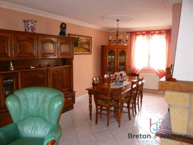 Sale house / villa Change 176800€ - Picture 2
