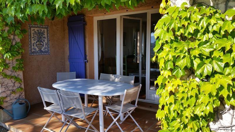 Location vacances maison / villa La croix valmer 770€ - Photo 5