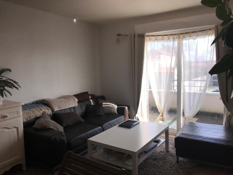 Location appartement St benoit 445€ CC - Photo 4