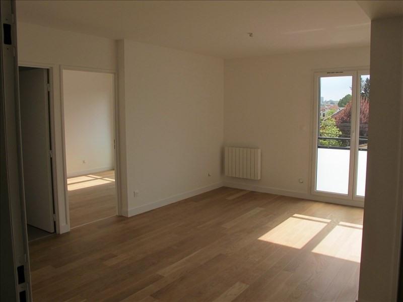 Rental apartment Lyon 9ème 830€ CC - Picture 1