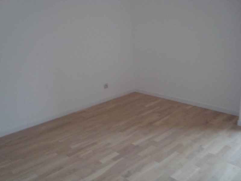Rental apartment Annemasse 1 388€ CC - Picture 8