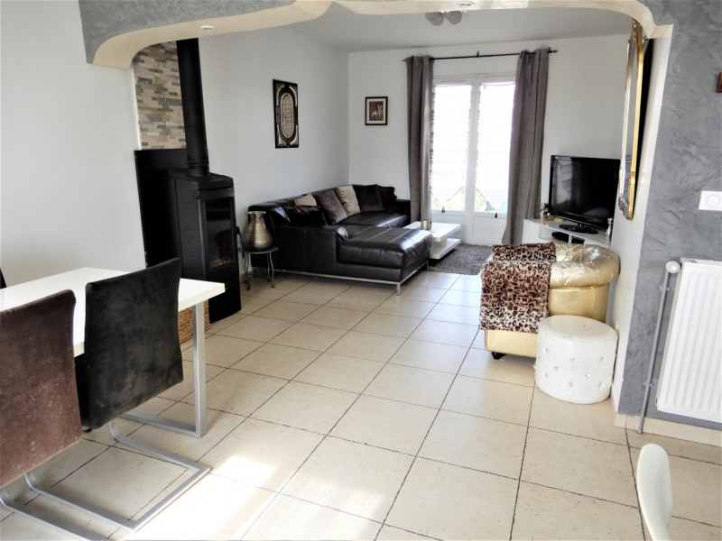 Sale house / villa Fontenay le vicomte 299000€ - Picture 9