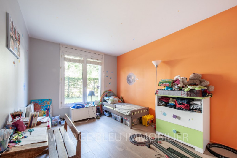 Sale apartment Courbevoie 680 000€ - Picture 5