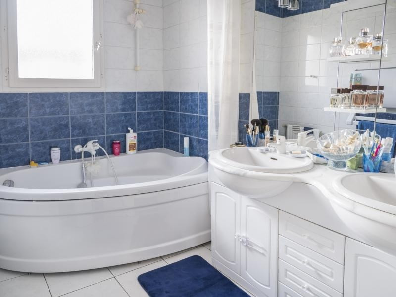 Vente maison / villa Plaisir 309000€ - Photo 6