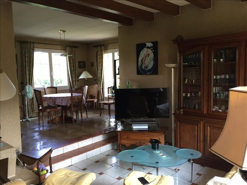 Sale house / villa Fontaine le comte 254000€ - Picture 6