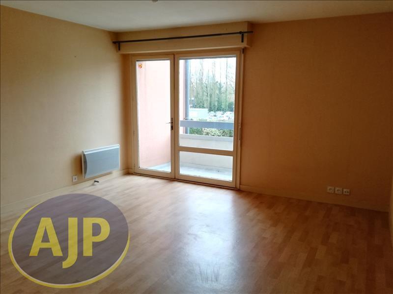 Location appartement Rennes 406€ CC - Photo 2