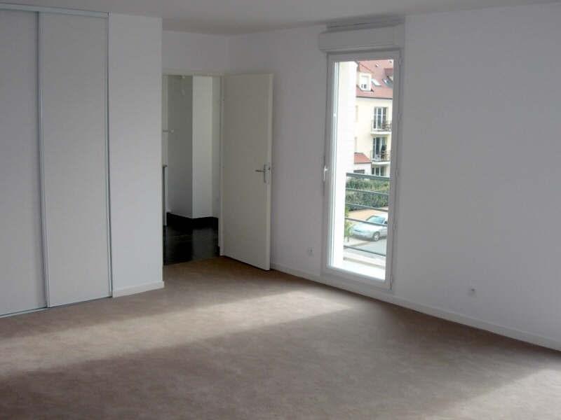 Rental apartment Montigny le bretonneux 1295€ CC - Picture 2