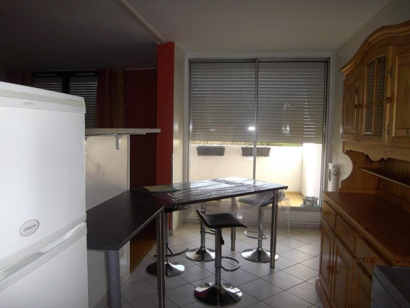 Location appartement Echirolles 780€ CC - Photo 4