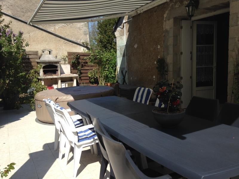 Sale house / villa Savonnieres 273000€ - Picture 1