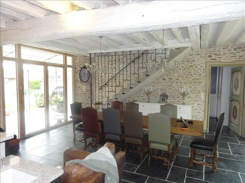 Deluxe sale house / villa Montfort l amaury 930000€ - Picture 3