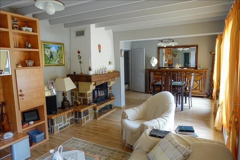 Vente maison / villa St andre de cubzac 269000€ - Photo 3