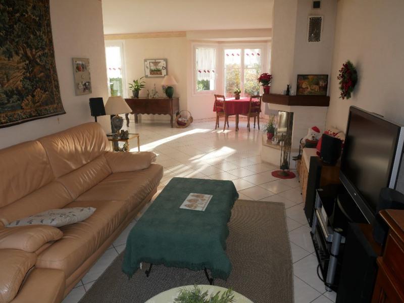 Sale house / villa Poissy 499000€ - Picture 3