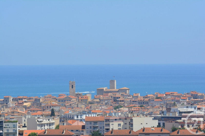 Sale apartment Antibes 480 000€ - Picture 1