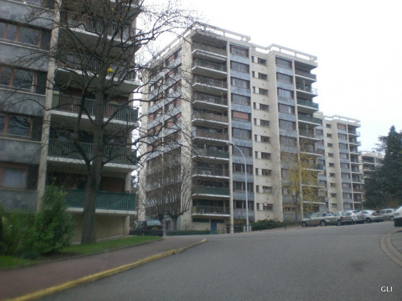 Rental apartment Ecully 1 050€ CC - Picture 8