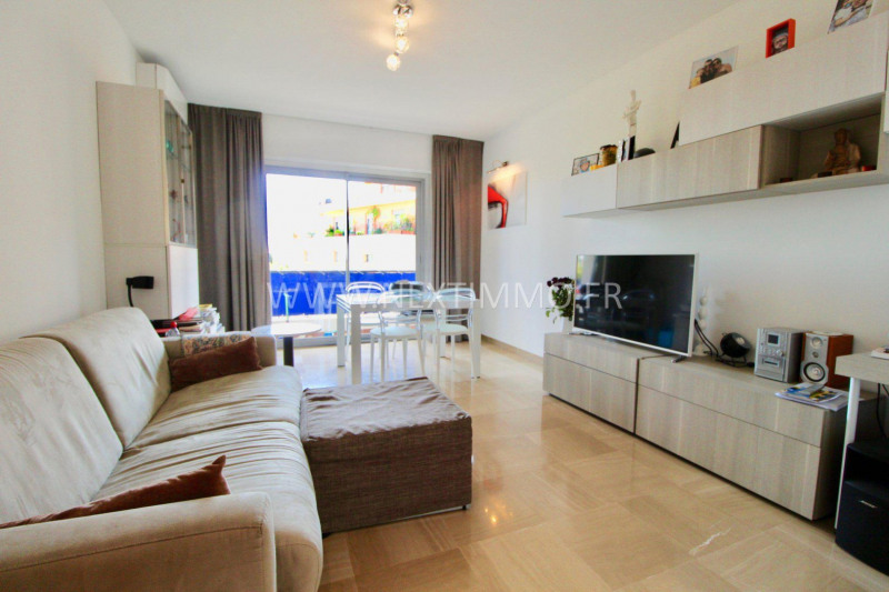 Revenda apartamento Menton 410000€ - Fotografia 1