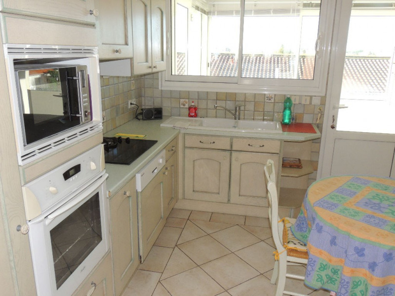 Sale house / villa Royan 388000€ - Picture 2