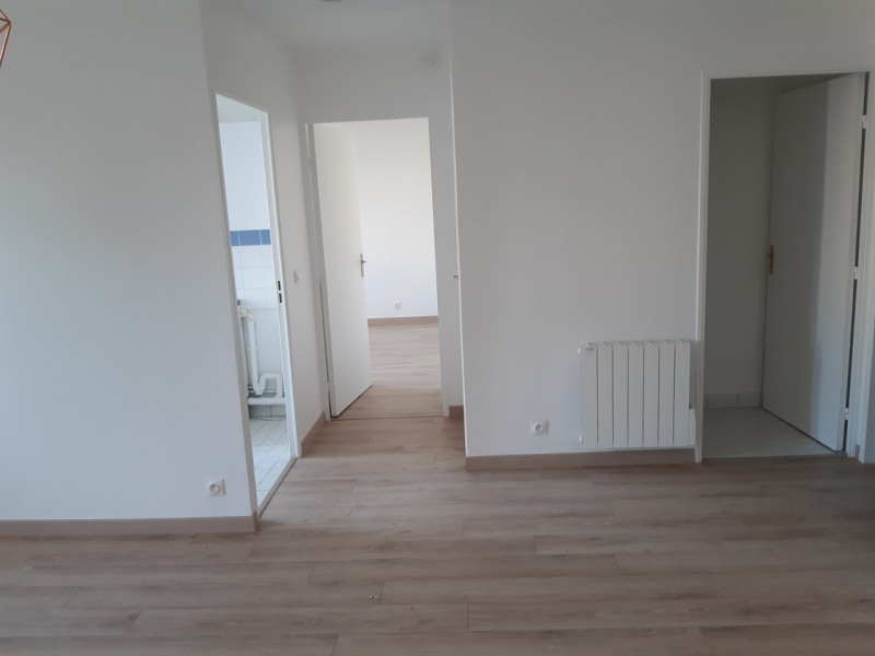 Rental apartment Rambouillet 815€ CC - Picture 1