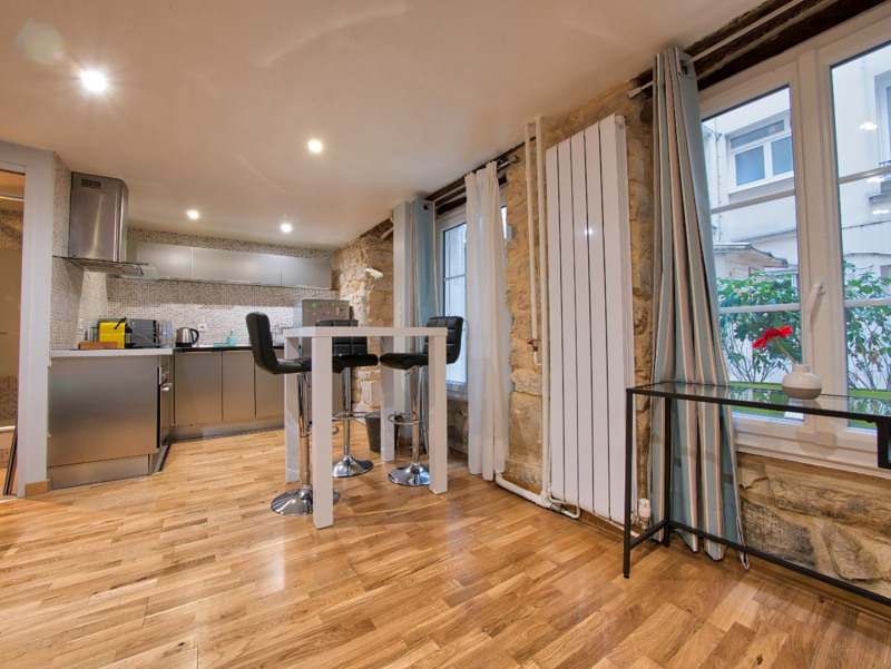 Sale apartment Paris 16ème 310000€ - Picture 1
