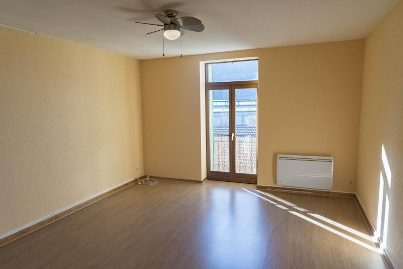 Rental apartment Nantua 515€ CC - Picture 1