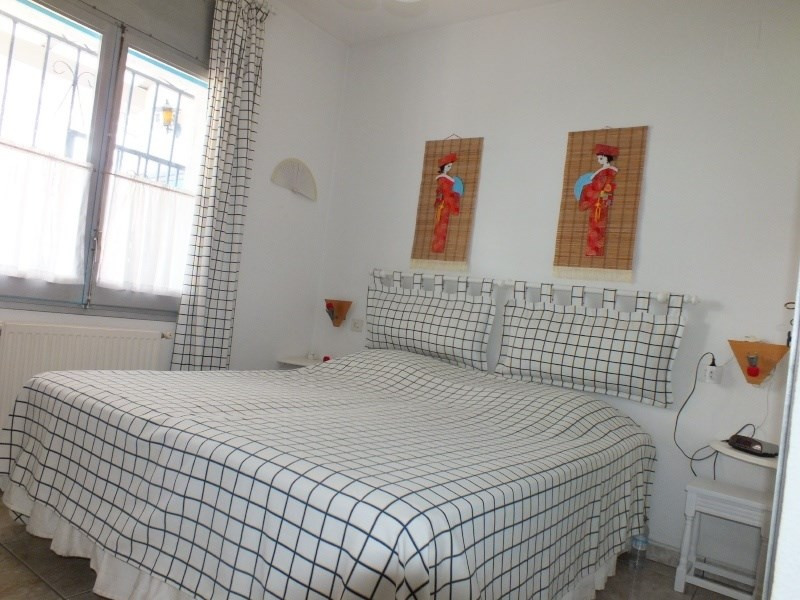 Vacation rental house / villa Roses 1056€ - Picture 32