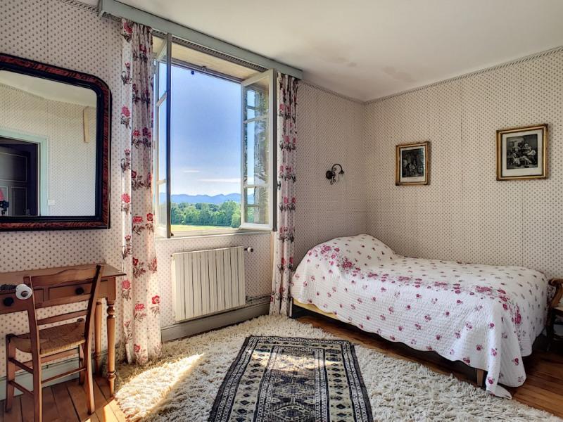 Deluxe sale house / villa Riom 570000€ - Picture 9