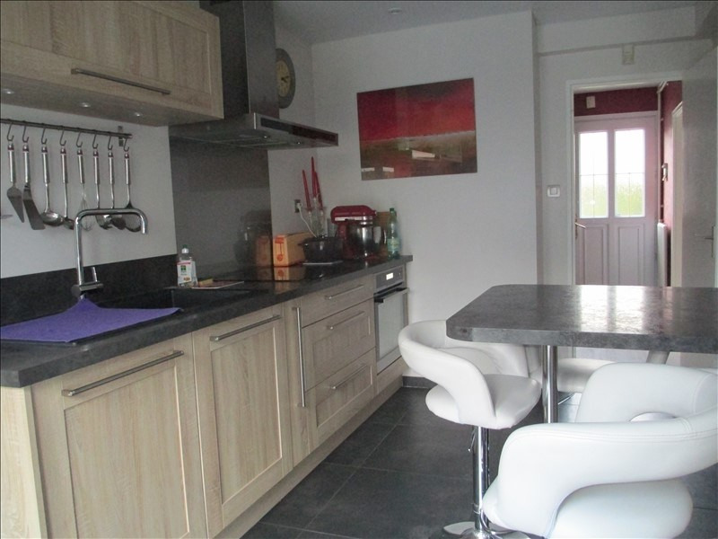 Sale house / villa Cires les mello 239000€ - Picture 1