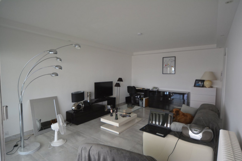 Sale apartment Antibes 250 000€ - Picture 3