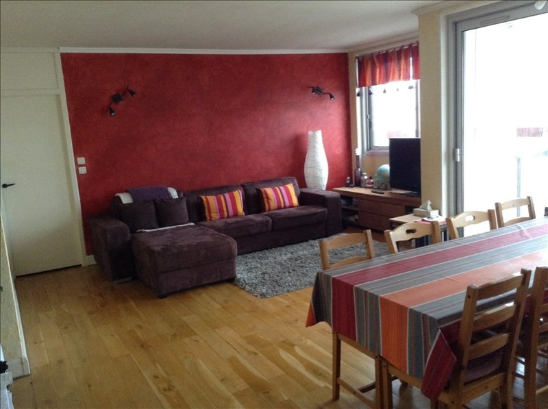 Location appartement Marly le roi 1 167€ CC - Photo 1