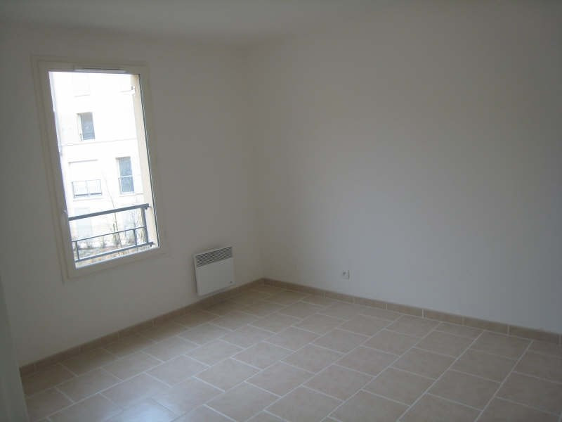 Location appartement Osny 740€ CC - Photo 4