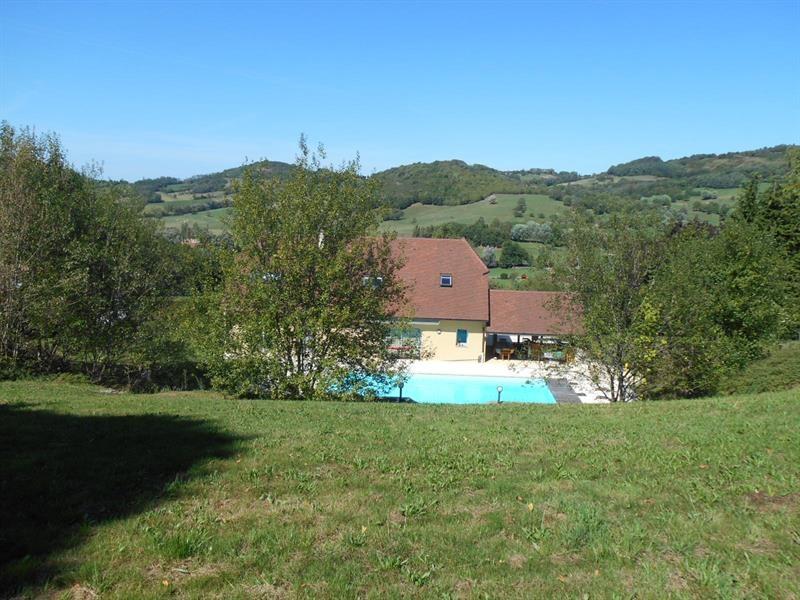 Sale house / villa Lons-le-saunier 440000€ - Picture 1