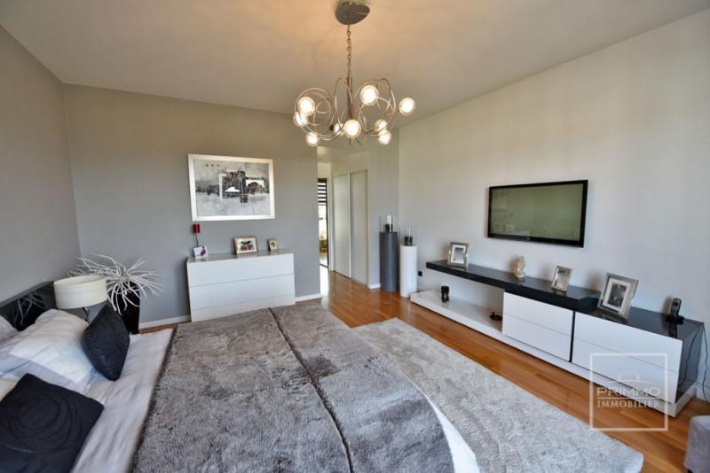 Deluxe sale apartment Charbonnieres les bains 925000€ - Picture 9