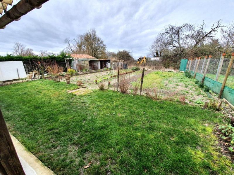 Sale house / villa Barbezieux-saint-hilaire 162000€ - Picture 6