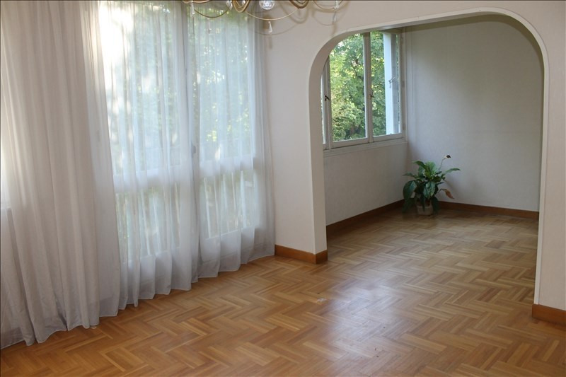 Sale apartment Eragny 155500€ - Picture 2