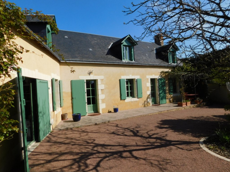 Sale house / villa La chartre sur le loir 244950€ - Picture 1