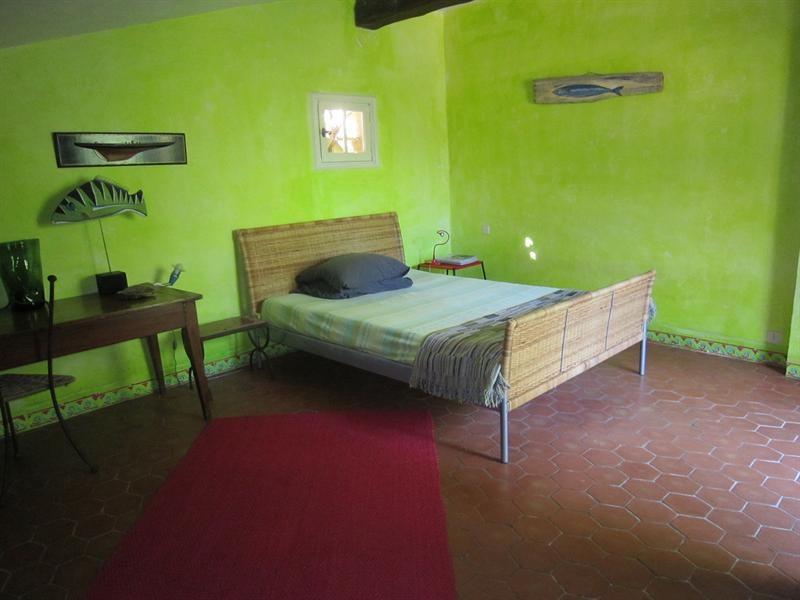 Location vacances maison / villa Cavalaire sur mer 1000€ - Photo 11