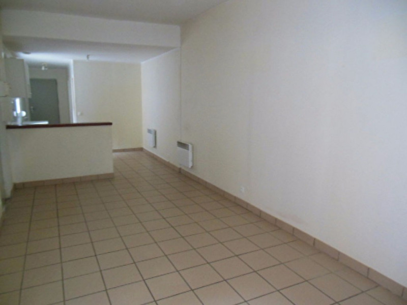 Location appartement Armentieres 599€ CC - Photo 2