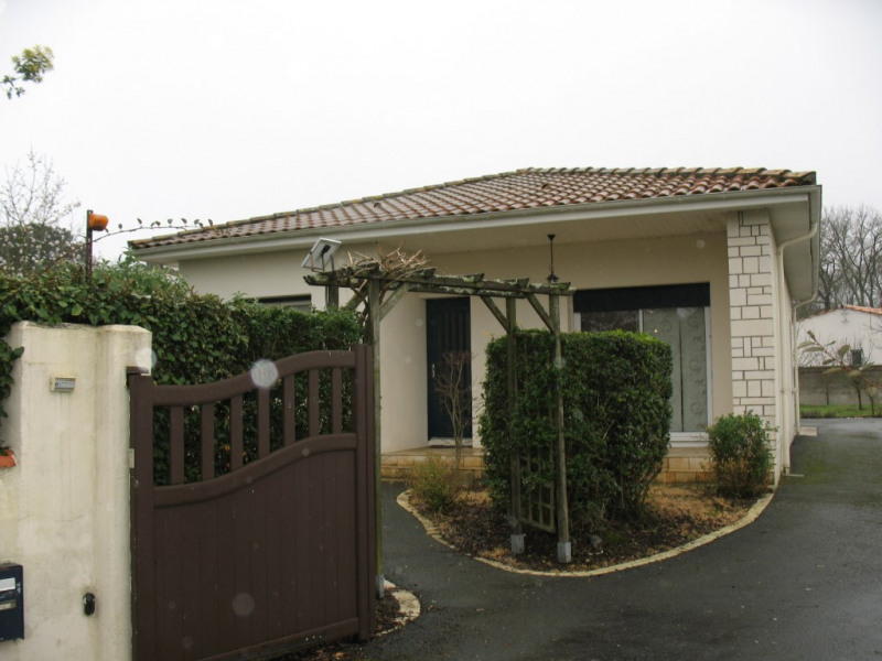 Sale house / villa Chaillevette 264500€ - Picture 2