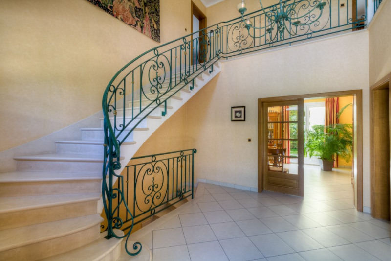 Deluxe sale house / villa Le vesinet 1 990 000€ - Picture 2