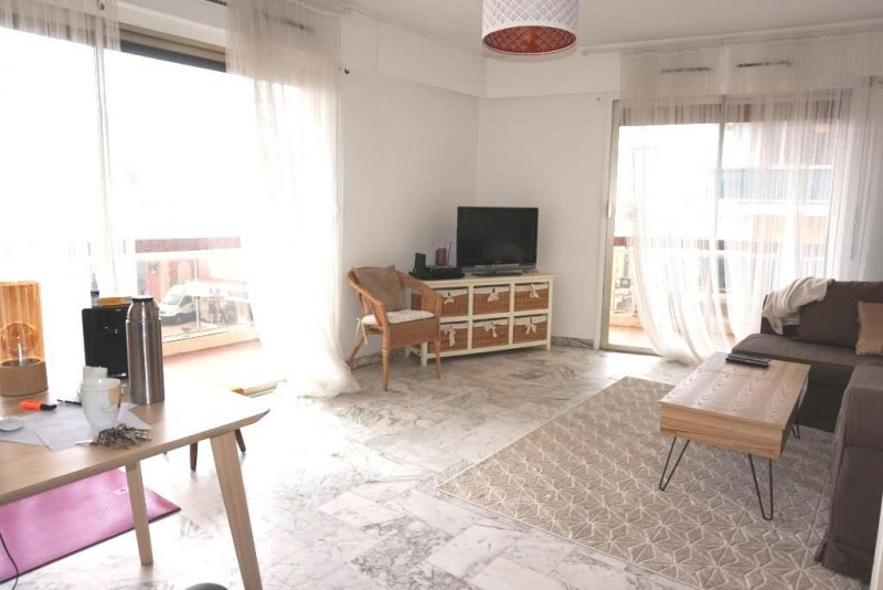 Vendita appartamento Hyeres 259700€ - Fotografia 4