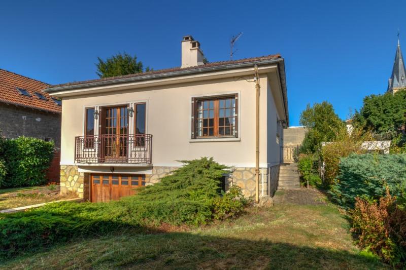 Sale house / villa Croissy sur seine 950000€ - Picture 1