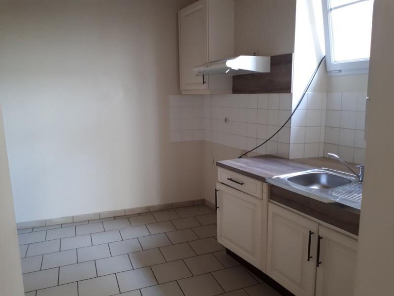 Location maison / villa Castres-gironde 600€ CC - Photo 6