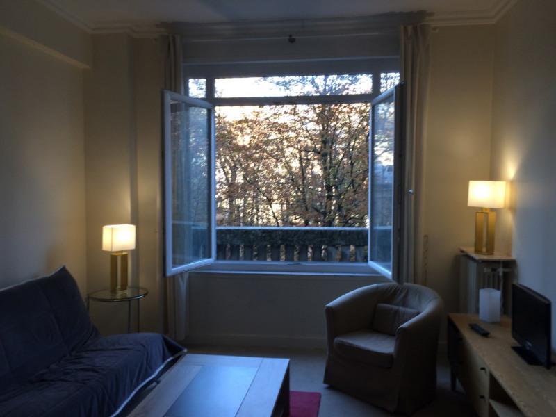 Rental apartment Paris 8ème 1400€ CC - Picture 3